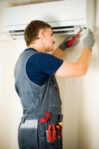 faz-tudo-refrigeração-ar-condicionado-porto-alegre-199x300